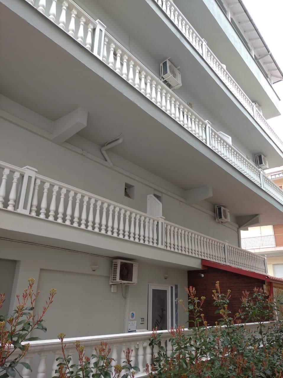 PARALIA na prodaju hotel 14 apartmana