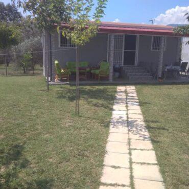 LEPTOKARIJA na prodaju kuća 60m², plac 274m²