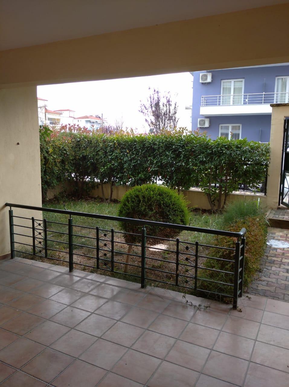 LEPTOKARIJA na prodaju 70m²+15m² dve terase